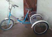 Vendo bicicleta tricicargo 3 ruedas con canasto