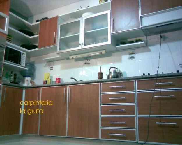 Muebles de cocina a medida alacenas bajomesadas merlo for Alacenas de cocina