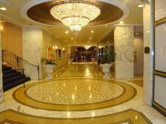 Piso pulido 46115286 mesadas 1550077809 escaleras granito for Pisos en marmol y granito
