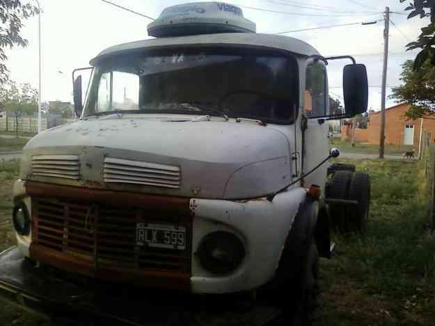 camion mercedes benz con 1518