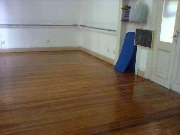 Sala de ensayo para danzas gimnasia y teatro almagro doplim 28989 - Pisos alquiler castro urdiales particulares ...