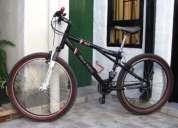 Vendo 2300$,la bici es rodado 26, tiene cuadro de aluminio, llantas doble pared, tiene 21