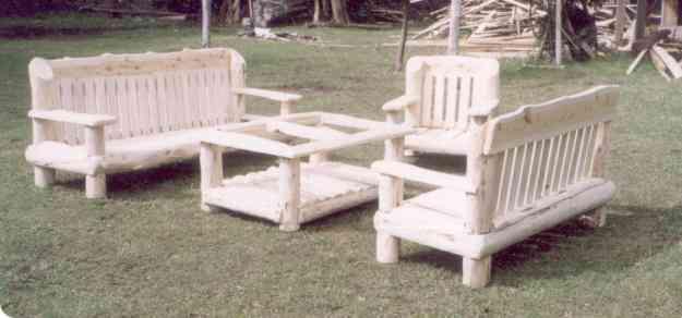Sillones rusticos patagonicos de madera cipres el for Sillones rusticos de madera