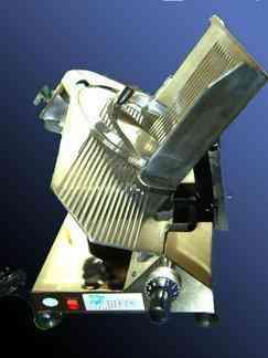 Reparación de cortadoras de fiambre, picadoras, sierras carniceras, etc.