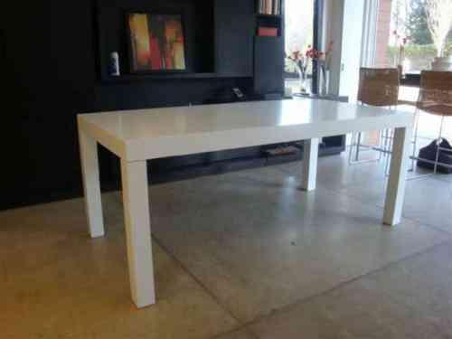 Mesa laqueada blanca tigre doplim 90478 - Mesa comedor minimalista ...