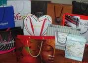 Bolsas de papel y cartón.