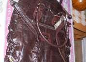 Cartera simil cuero color marrón chocolate