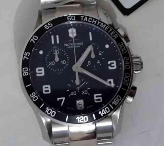Vendo Reloj Victorinox Swiss Army Crono Classic 241497 - LINEA 2013