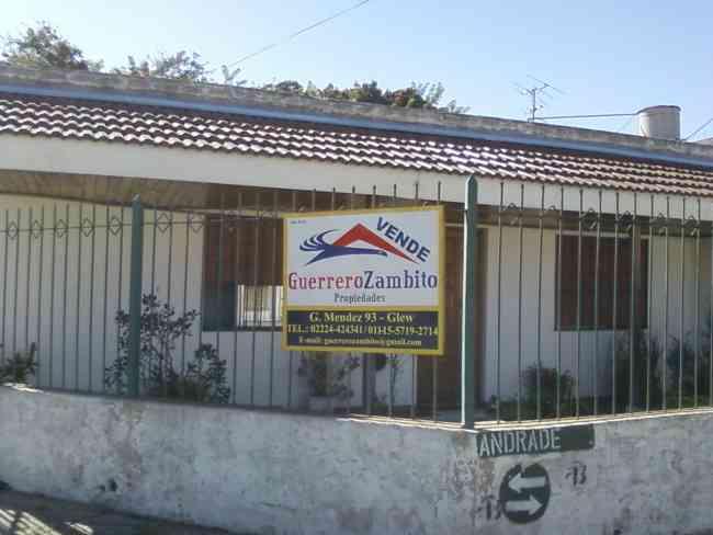 Casa americana a 3 CUADRAS DE ESTACIÓN Glew APTA CRÉDITO HIPOTECA