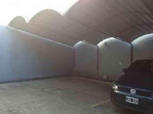 Cochera en alquiler en Villa Urquiza R portón automatizado