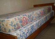 Vendo cama de una plaza y colchones
