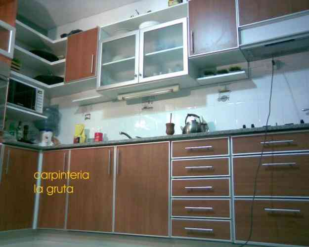 Muebles de cocina a medida alacenas bajomesadas merlo for Muebles a medida de cocina