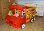 Super camion guardajuguetes de madera