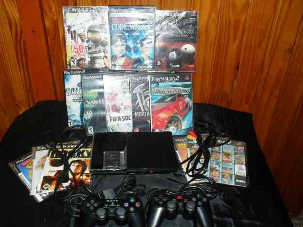 VENDO PLAY STATION 2 SLIM chipiada MOD SCPH-90001+2 joystick+memory card 8mb+20 juegos