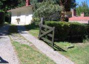 Villa gesell chalet para 6 con parque parrilla y cochera diciembre enero