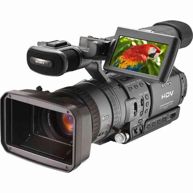 Alquiler Camaras HD, Grua,Rack de exteriores,Isla de edicion fullHD