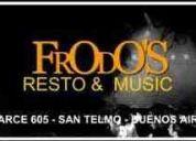 Frodos cena show music  en san telmo balcarce
