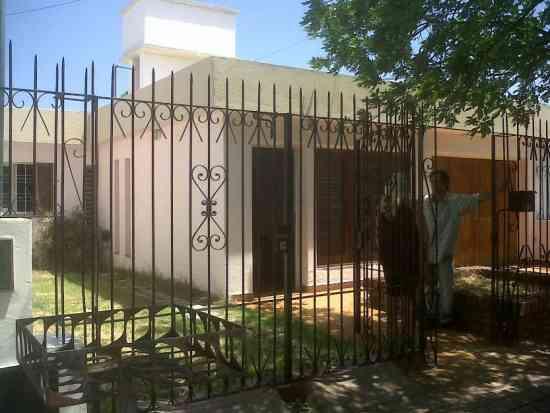 Alquilo casa 3 dorm. en Residencial Santa Ana!!!