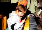 Clases de canto,piano,teclados,guitarra 1566798571