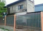 Vendo casa 200mts2 piso1 dos abitasion 1 baño cocina comedor y linving