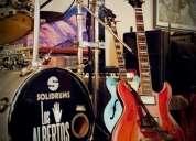 Se busca bajista y pra guitarra p/banda brit pop temas propios